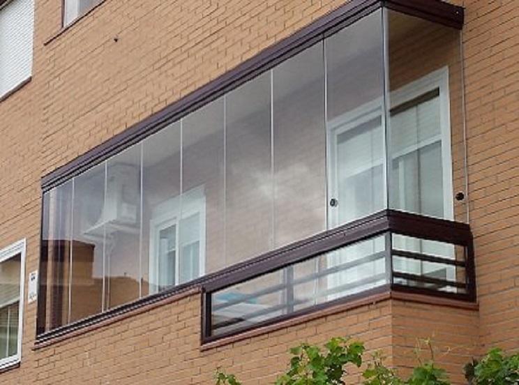 Ley de fachadas: Cerramientos de balcones