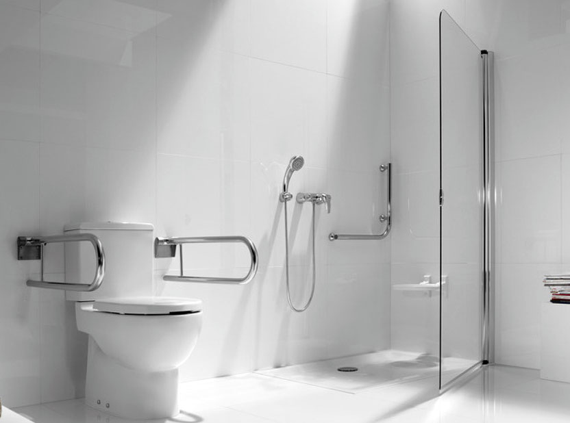 Convertir un aseo en un cuarto de ba o adaptado para - Duchas para mayores ...