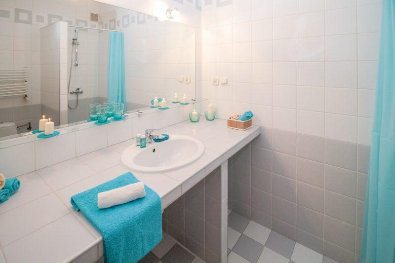 Cuáles son los mejores materiales para el baño en una reforma