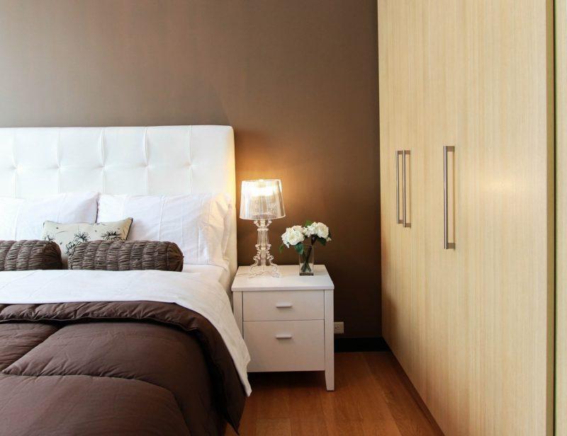 Razones para instalar armarios empotrados en las habitaciones