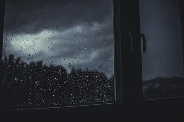 C mo evitar la humedad por condensaci n en techos y paredes - Como evitar la condensacion en casa ...
