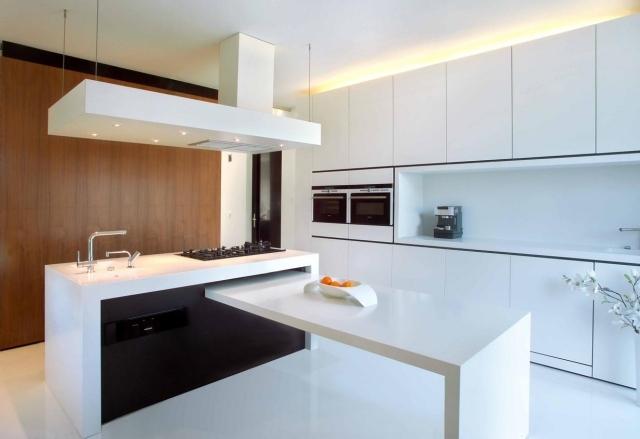 Decoracion de Cocina minimalista de lineas rectas