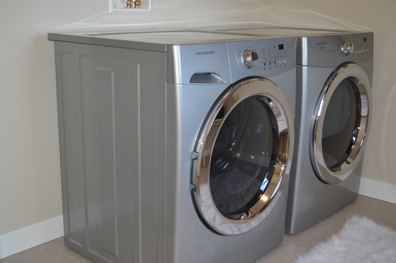 washing-machine-1078918_1280