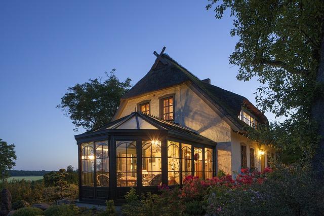 Cómo acristalar una terraza en una reforma integral de vivienda